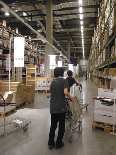 IKEA新三郷倉庫